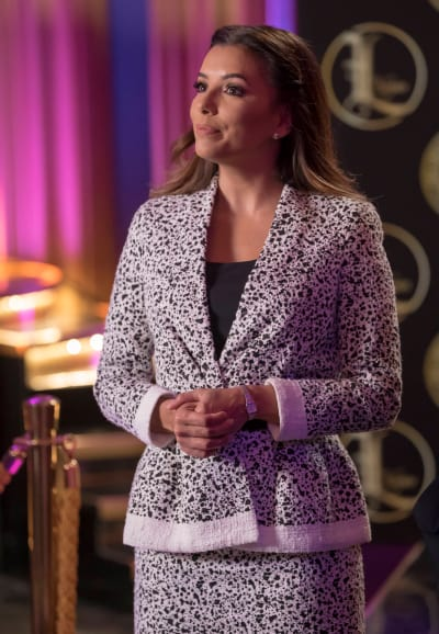 The commissioner holds the keys to the casino... - Empire Season 3 Episode 18