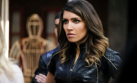 Dinah Annoyed - Arrow Season 6 Episode 12