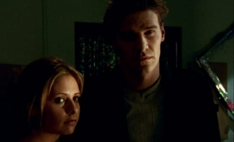 Angel Saves The Day - Buffy the Vampire Slayer Season 2 Episode 8