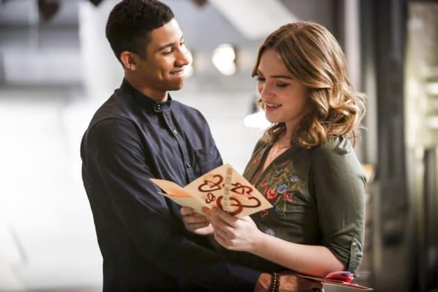 Happy couple - The Flash Season 3 Episode 14