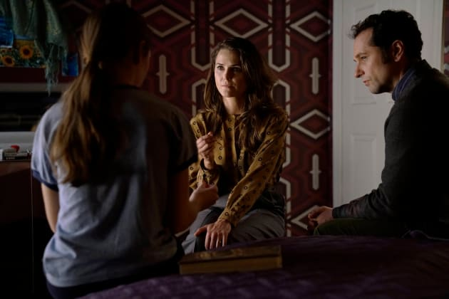 Let Us Help You - The Americans Season 5 Episode 2