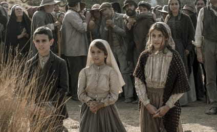 Fátima Offers a Compelling Portrait of Children Carrying a Burden of Faith