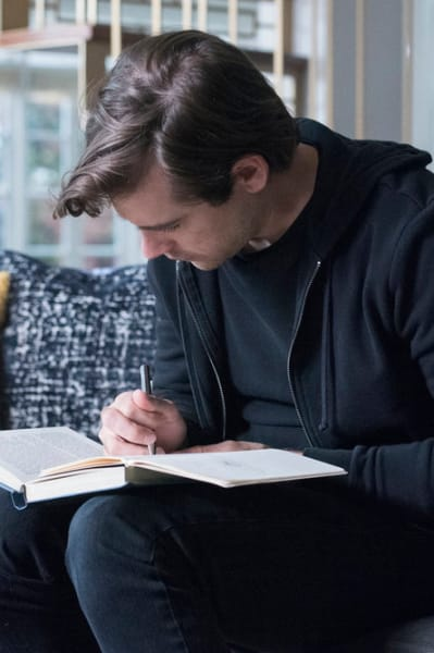 Quentin Writing - The Magicians Season 4 Episode 12