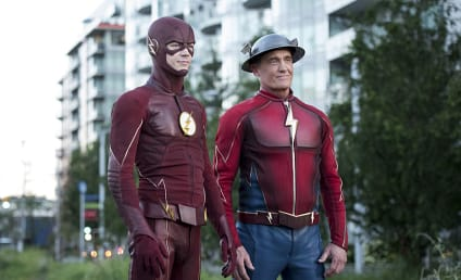The Flash Photos: Barry Meets a New Co-Worker!