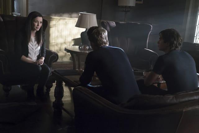 A Family Meeting - The Vampire Diaries Season 7 Episode 7