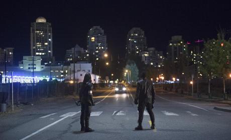 Arrow and Dig Season 4 Episode 3