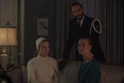 The Happy Couple - The Handmaid's Tale Season 2 Episode 5