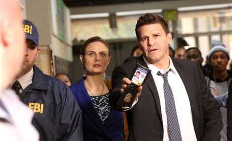 Booth Shows His Badge - Bones Season 10 Episode 12