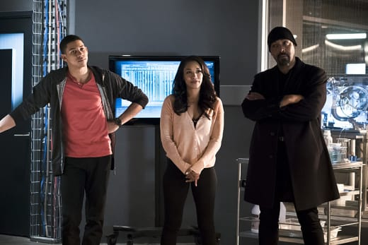 The West Family - The Flash Season 2 Episode 23