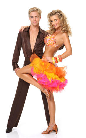 Joanna Krupa and Derek Hough