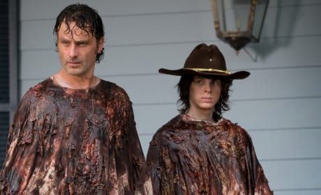Rick and Carl Go Undercover - The Walking Dead Season 6 Episode 8