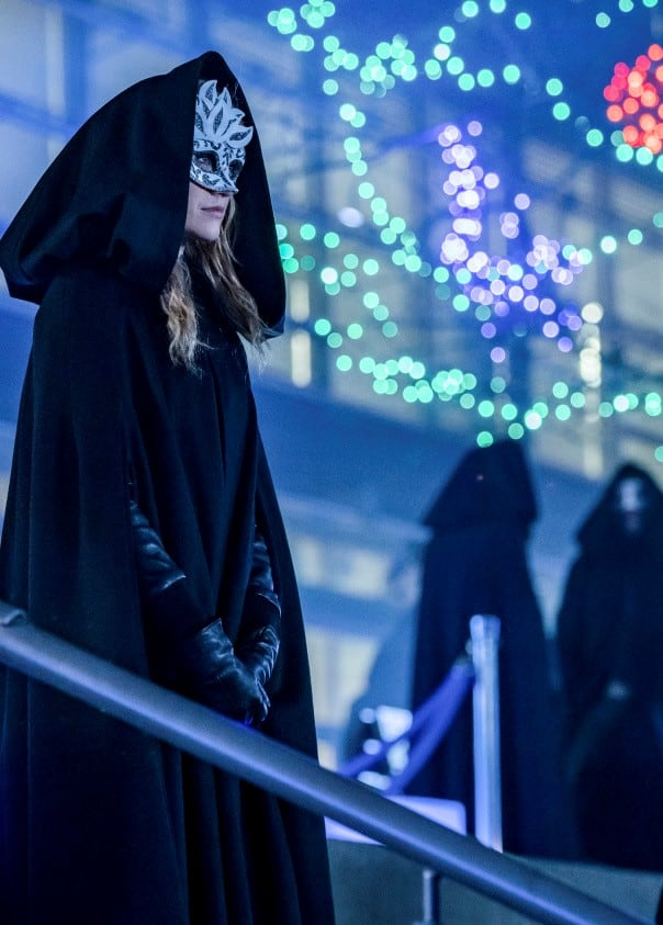 A Costume for the Glades - Arrow Season 7 Episode 16