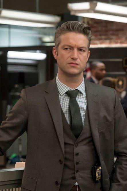 Carisi on the Job - Law & Order: SVU Season 20 Episode 11