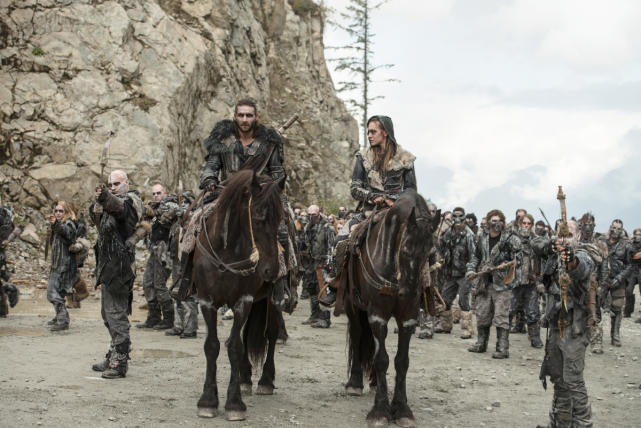 Roan's Army – The 100 Season 4 Episode 5