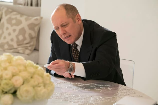 Red finds the piece he was looking for - The Blacklist Season 4 Episode 10