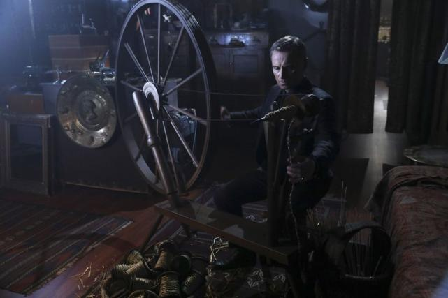 Spinning gold once upon a time season 6 episode 8