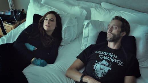 A Quiet Goodbye - Mary Kills People Season 1 Episode 5