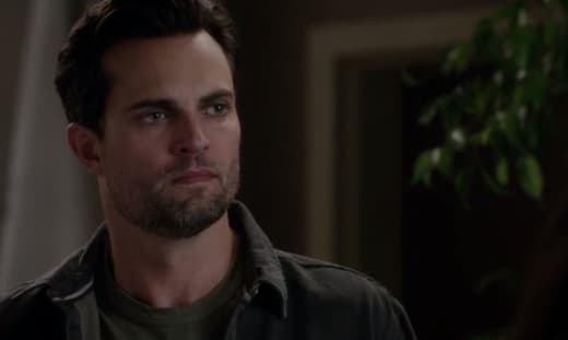 Scott Elrod Cast On Chicago Fire As Tv Fanatic