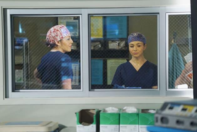 Callie and Amelia - Grey's Anatomy Season 11 Episode 24