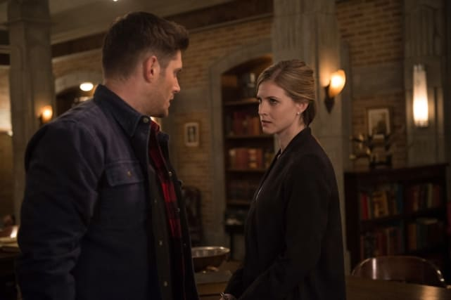 Dean and Toni face off - Supernatural Season 12 Episode 22