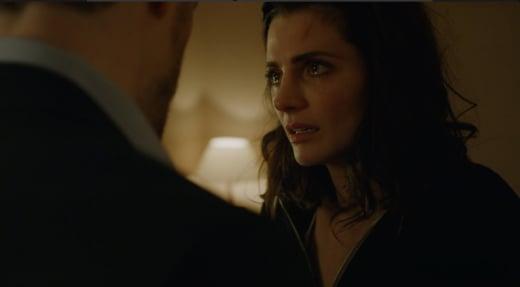 Emily Breaks Down - Absentia Season 1 Episode 4