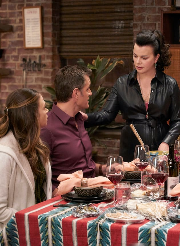 Dinner Party - Younger Season 6 Episode 4