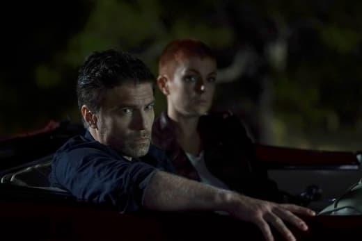 Concerned Inhumans - Marvel's Inhumans Season 1 Episode 6