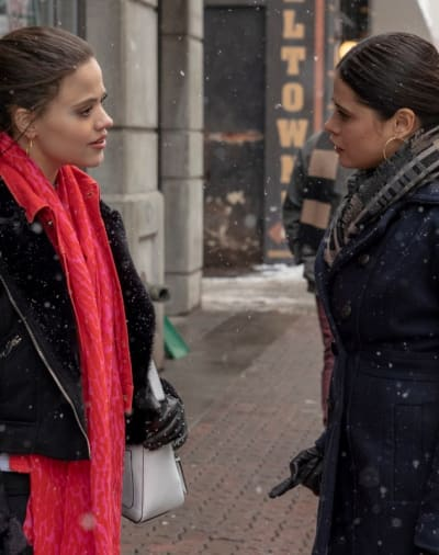 Maggie and Mel Talk In Snowfall - Charmed (2018) Season 1 Episode 16