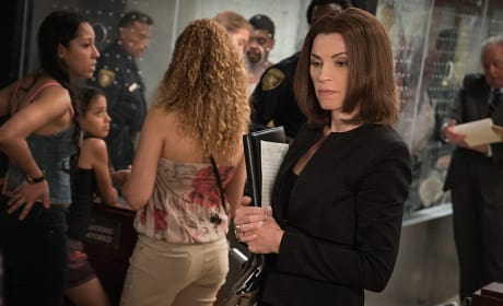 Assisting Arrestees - The Good Wife