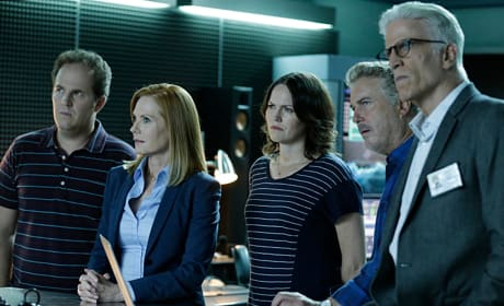 CSI Finale Promo: Look Who's Back!