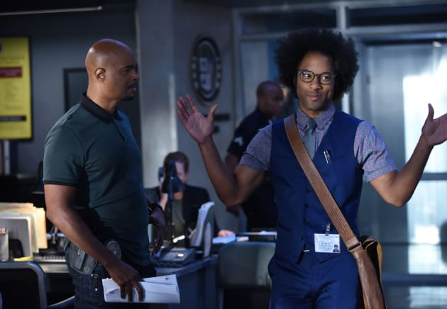 Mimicking Murtaugh - Lethal Weapon Season 2 Episode 8