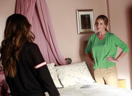Watch Pretty Little Liars Season 4 Episode 14 Online