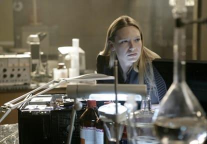 Olivia, Fringe