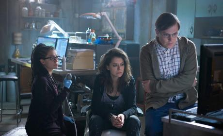 14 Orphan Black Season 4 Photos to Intrigue Viewers!!