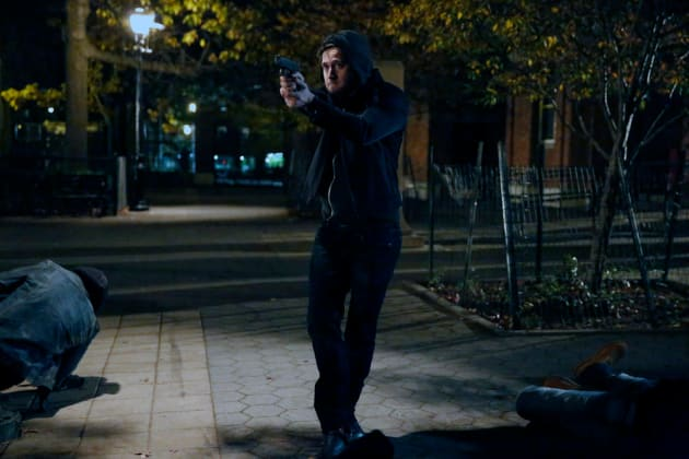 Tom gets into a gunfight - The Blacklist Season 4 Episode 11