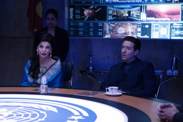 Chrisjen and Errinwright at the UN - The Expanse Season 2 Episode 6