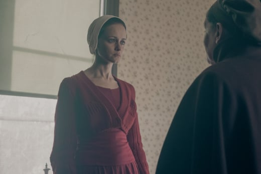 Shoe Stomping  Emily - The Handmaid's Tale Season 2 Episode 13