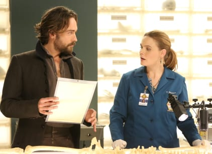Watch Bones Season 11 Episode 5 Online