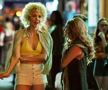 Candy Becomes Intrigued - The Deuce