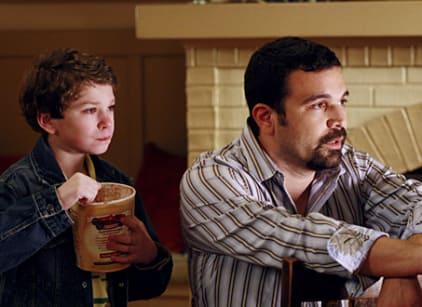 Watch Desperate Housewives Season 3 Episode 16 Online