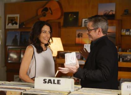 Watch Girlfriends' Guide to Divorce Season 1 Episode 4 Online