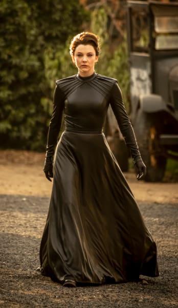 Magda - Penny Dreadful: City of Angels Season 1 Episode 1