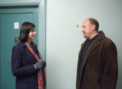 Watch Louie Season 4 Episode 5 Online