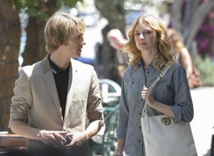 Watch Revenge Season 1 Episode 2 Online