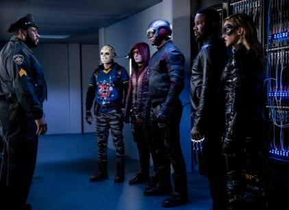 Watch Arrow Season 7 Episode 22 Online