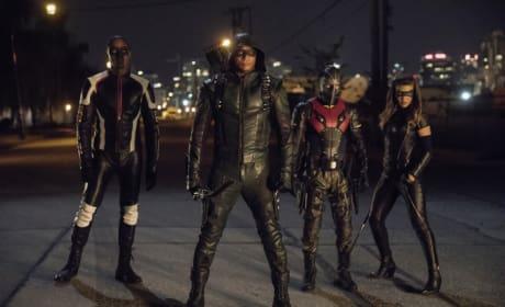 Meet New Team Arrow Season 6 Episode 3