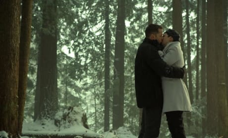 A kiss before a curse - Once Upon a Time Season 6 Episode 17