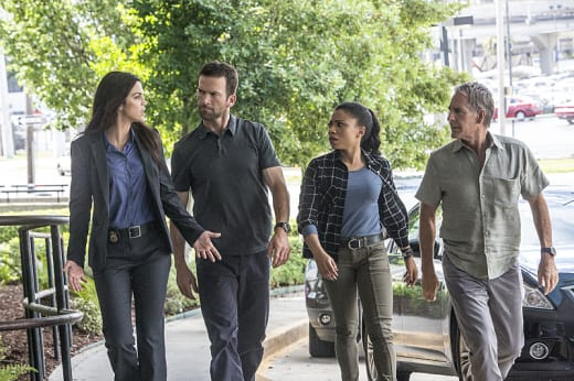 Tracking a Sniper - NCIS: New Orleans