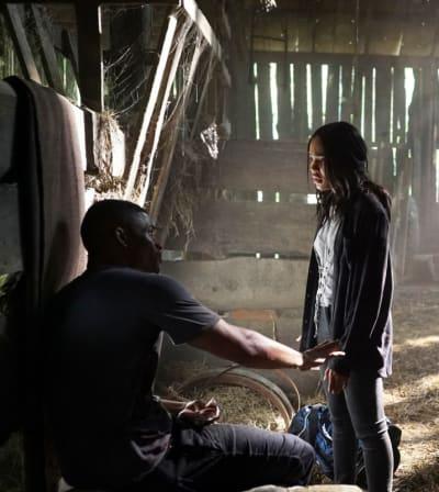Life or Death - Black Lightning Season 2 Episode 9