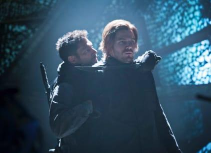 Watch Arrow Season 1 Episode 13 Online